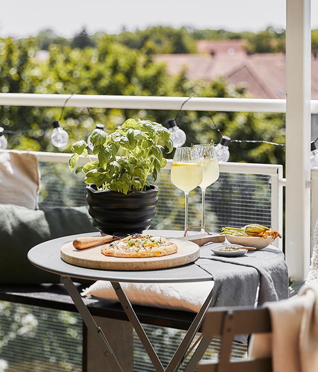 Drinks auf dem Balkon