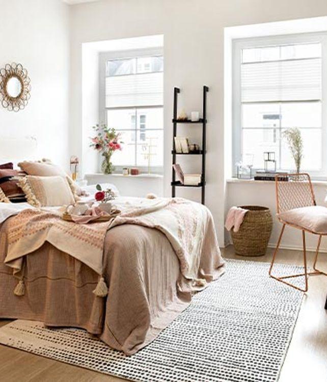 Estudio y dormitorio