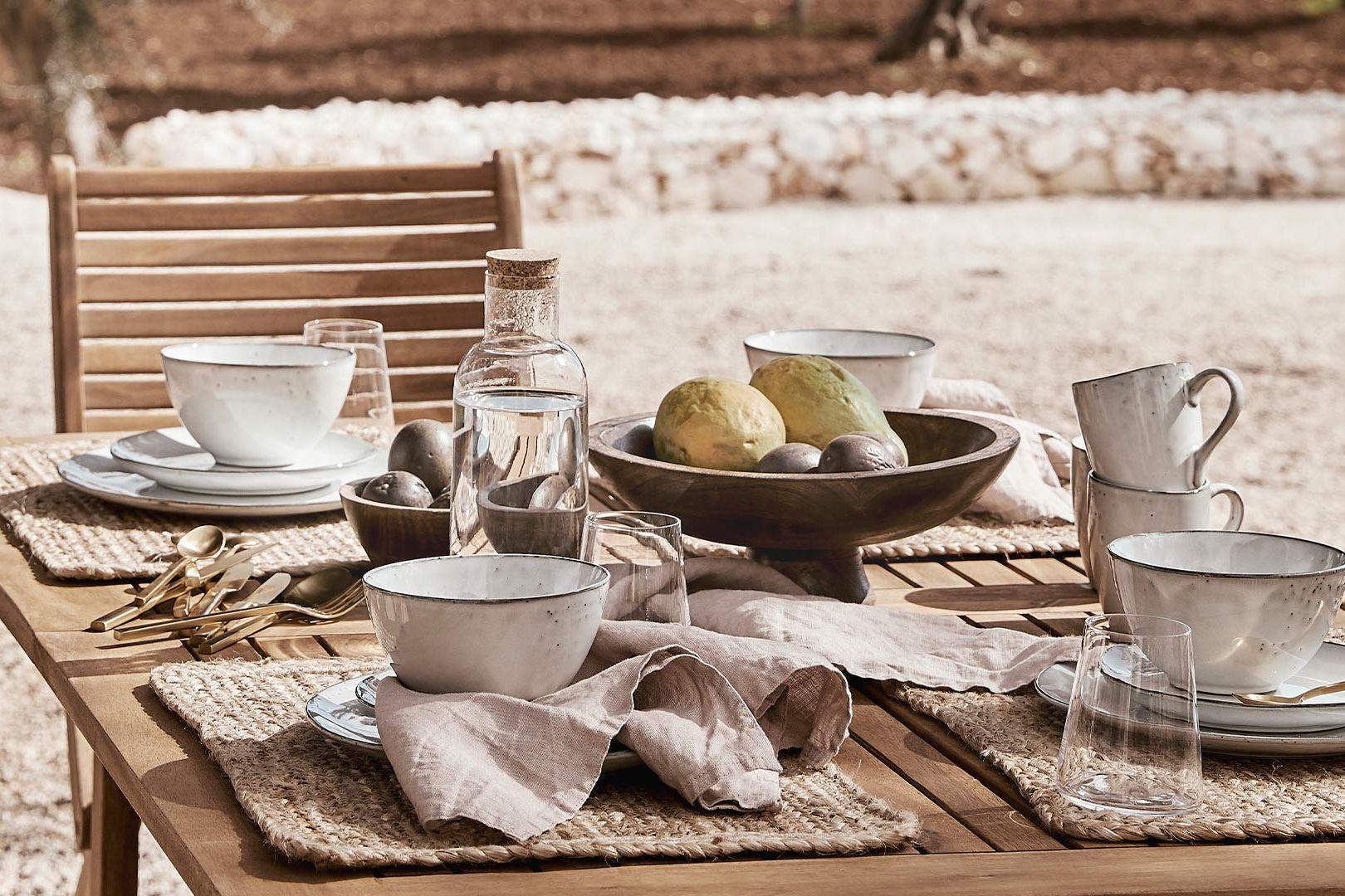 Tisch à la Provence